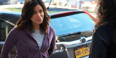 Gina Rodríguez pagará la universidad de una estudiante indocumentada con su presupuesto para los Emmy
