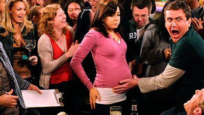 Actrices que se quedaron embarazadas durante el rodaje de una serie y qué hicieron para disimularlo