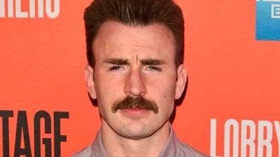 Chris Evans se quita el bigote