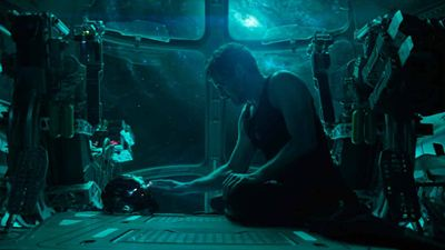 Una TEORÍA de 'Vengadores 4: Endgame' afirma que Tony Stark muere 14 millones de veces