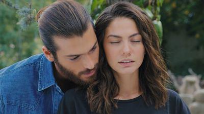 Así es Demet Özdemir, la actriz protagonista de la rompedora 'Erkenci Kuş (Pájaro soñador)'