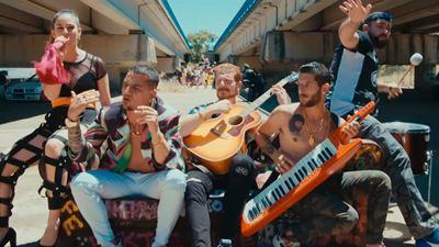 'Operación Camarón': Así es el videoclip de 'Chico perfecto', la canción principal