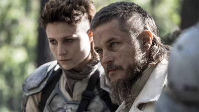 "'Raised by Wolves': pequeño ""reencuentro"" de 'Vikingos' en la serie que trae de vuelta a Travis Fimmel"