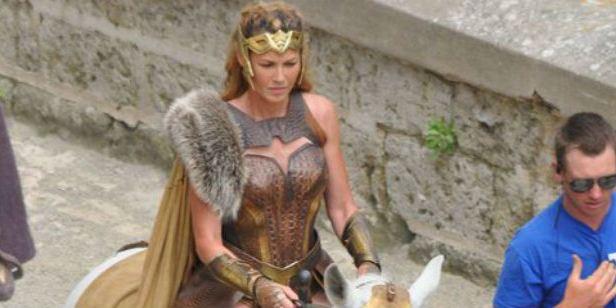 'Wonder Woman': Nuevas imágenes del rodaje con Connie Nielsen como la reina Hippolyta