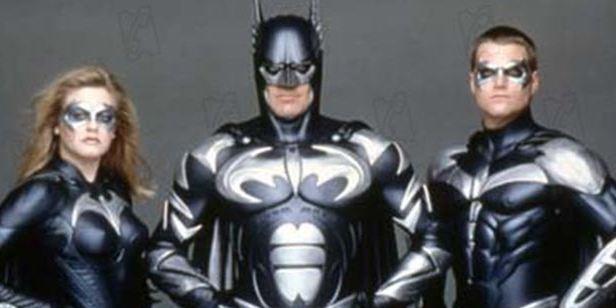 'Batman y Robin': Joel Schumacher pide disculpas por la película que cumple 20 años