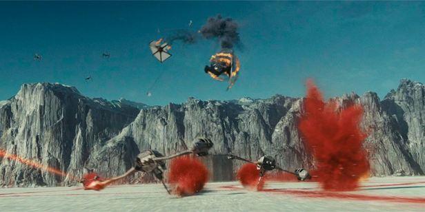 'Star Wars 8: Los últimos Jedi': El director de 'Rogue One' pensó que la Batalla de Crait recordaba a su película