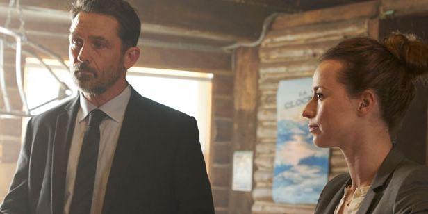 """Karine Vanasse y Billy Campbell de 'Cardinal': """"El final de la segunda temporada será emocionante y descorazonador"""""""