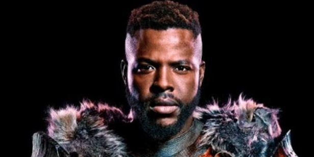 'Black Panther': Un niño recrea la escena del reto de M'Baku