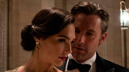 """'Batman v Superman', calificada como PG-13 por su """"acción"""", """"violencia"""" y, ¿""""sensualidad""""?"""
