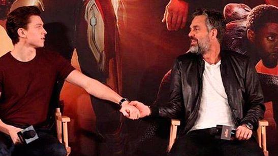 'Vengadores: Infinity War': Tom Holland demuestra lo mucho que quiere a Mark Ruffalo con esta imagen