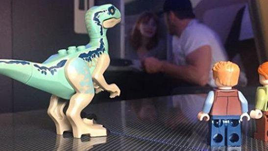 Los LEGO de 'Jurassic World: El reino caído', protagonistas de las redes de Chris Pratt y Bayona