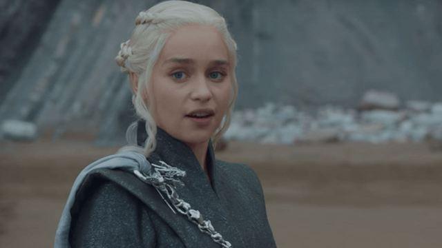 Oscar 2019: Emilia Clarke ofrece sus dragones a Ruth Bader Ginsburg en su breve intervención en la gala