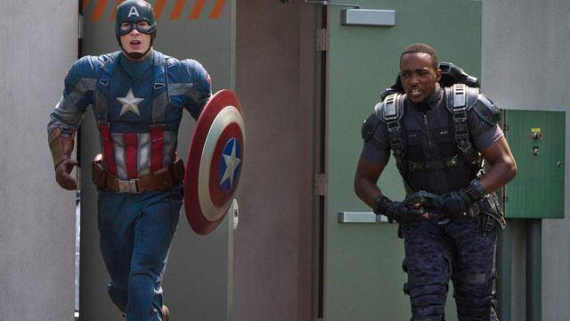"""El nuevo Capitán América, Anthony Mackie, advierte a los fans: """"Esperan que sea Chris Evans en el mismo traje, pero siendo un tío negro. Eso no va a pasar"""""""