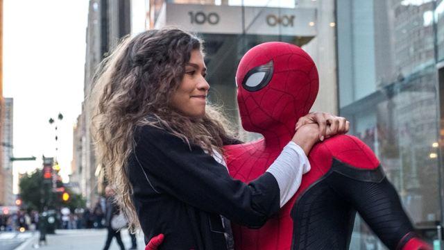 Así era el cameo de Tom Holland en 'Spider-Man: Un nuevo universo' que fue eliminado