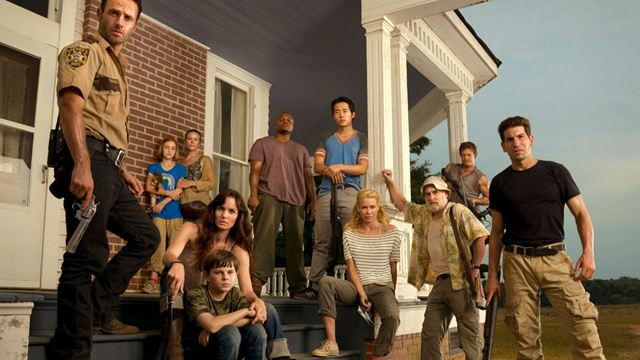 'The Walking Dead': Una emotiva foto muestra el cambio del equipo desde el comienzo de la serie hasta ahora