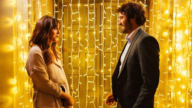 El reparto de 'Hasta que la boda nos separe' se enfrenta a un divertido trivial nupcial con mímica