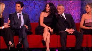 'Friends': Primera promo de la semi-reunión del reparto de la mítica serie