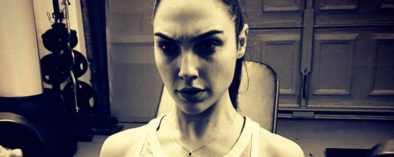 'Batman v Superman': Gal Gadot sigue entrenado para la película de 'Wonder Woman'