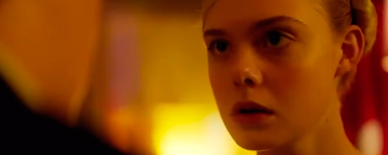 Tráiler de 'How To Talk To Girls At Parties': Elle Fanning es una alienígena en la adaptación del relato de Neil Gaiman