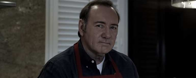 Kevin Spacey vuelve a ser Frank Underwood para defenderse de las últimas acusaciones de abuso sexual