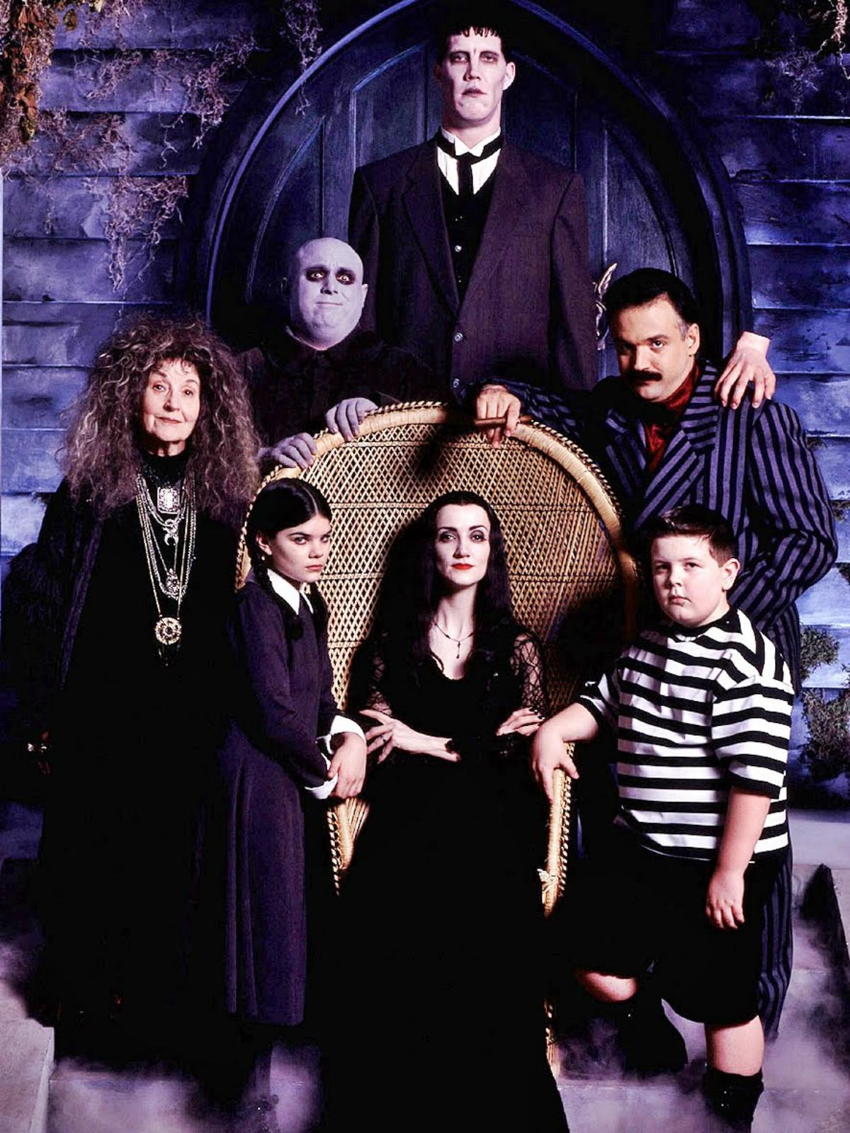 La nueva familia Addams - Serie 1998 - SensaCine.com