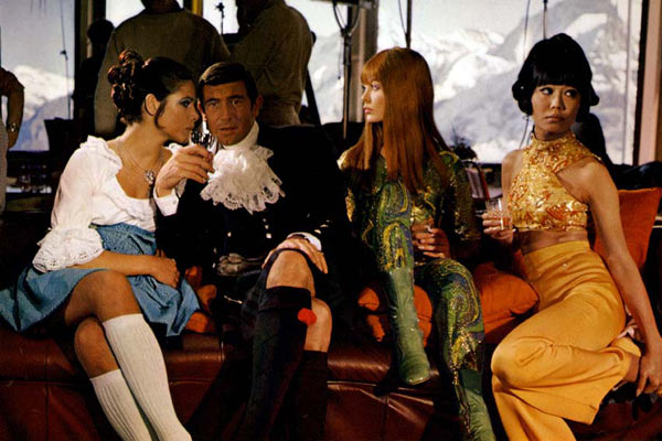 007 Al servicio secreto de su Majestad : Foto George Lazenby, Jenny Hanley, John Glen, Peter Hunt