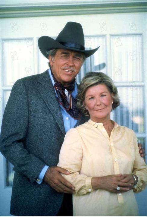 Dallas : Foto Barbara Bel Geddes, Howard Keel