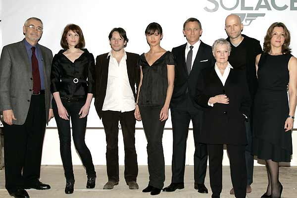 007 Quantum of Solace : Couverture magazine Barbara Broccoli, Daniel Craig, Gemma Arterton, Giancarlo Giannini, Judi Dench