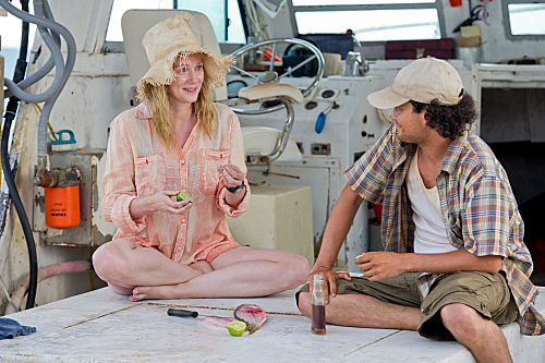 Foto Laura Linney, Michael Ray Escamilla