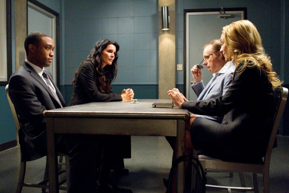 Foto Angie Harmon, Lee Thompson Young, Peter Bogdanovich