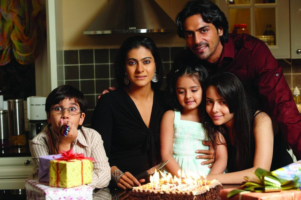 We Are Family : Foto Sidharth Malhotra