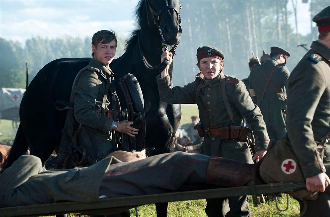 War Horse (Caballo de batalla) : Foto David Kross, Leonard Carow