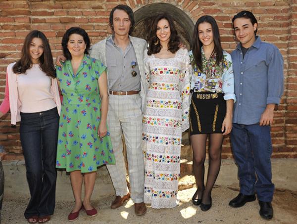 Rocío Dúrcal, volver a verte : Foto Ana Rujas, Helio Pedregal, Josep Linuesa, Luisa Martín, Norma Ruiz