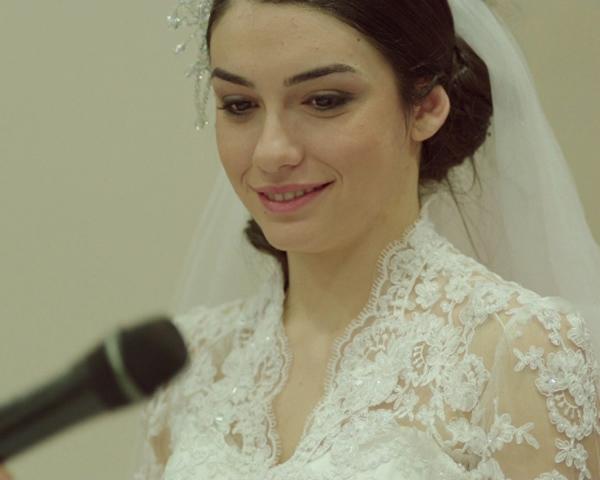 Foto Hazar Ergüçlü