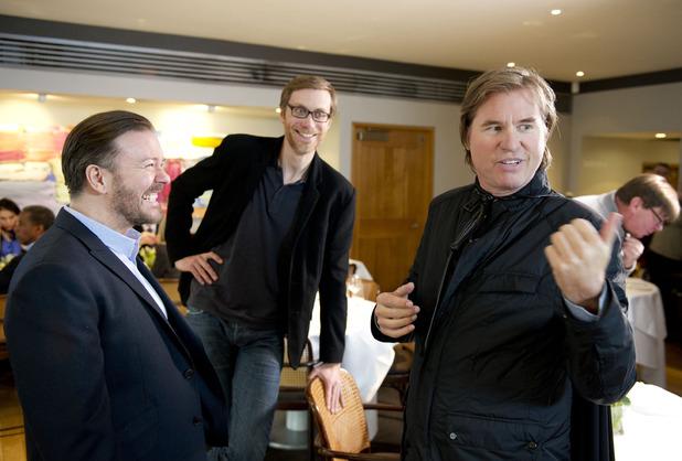 Foto Ricky Gervais, Stephen Merchant, Val Kilmer