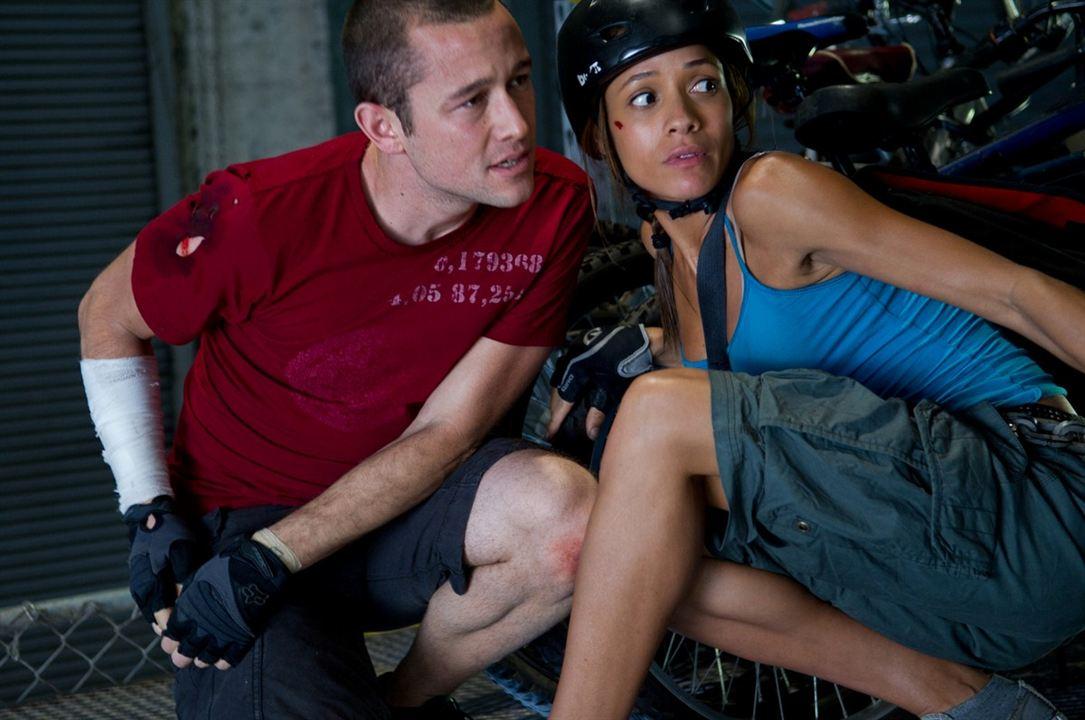 Sin frenos : Foto Dania Ramirez, Joseph Gordon-Levitt