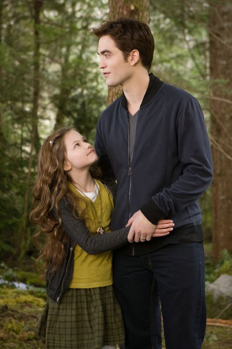 La saga Crepúsculo: Amanecer - Parte 2 : Foto Mackenzie Foy, Robert Pattinson