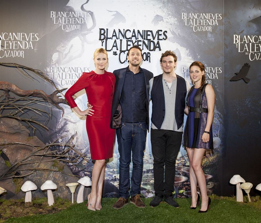 Blancanieves y la leyenda del cazador : Couverture magazine Charlize Theron, Kristen Stewart, Rupert Sanders, Sam Claflin