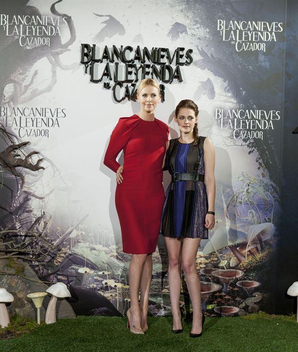 Blancanieves y la leyenda del cazador : Foto Charlize Theron, Kristen Stewart