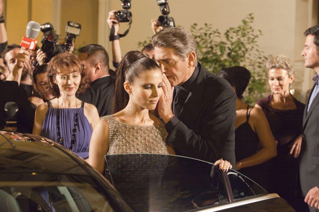 Di Di Hollywood : Foto Elsa Pataky, Peter Coyote