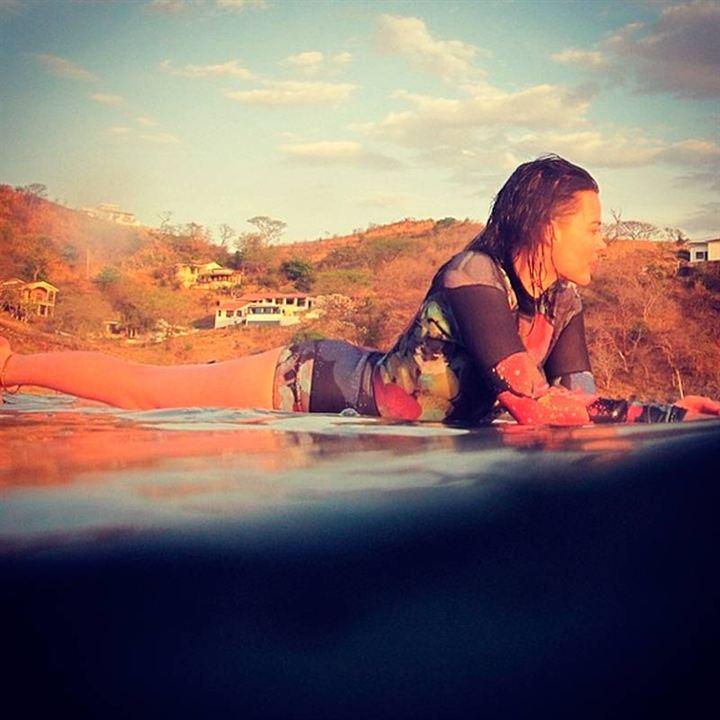 Le encanta el surf...