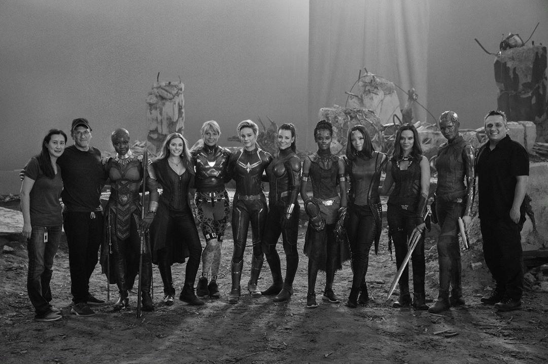 Foto en grupo de las mujeres de Marvel