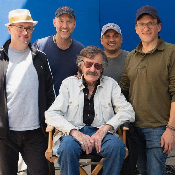 Stan Lee junto a los hermanos Russo