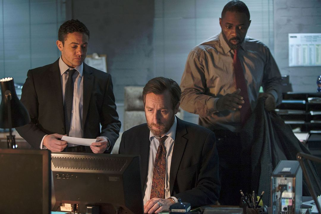 Foto Idris Elba, Michael Smiley, Warren Brown