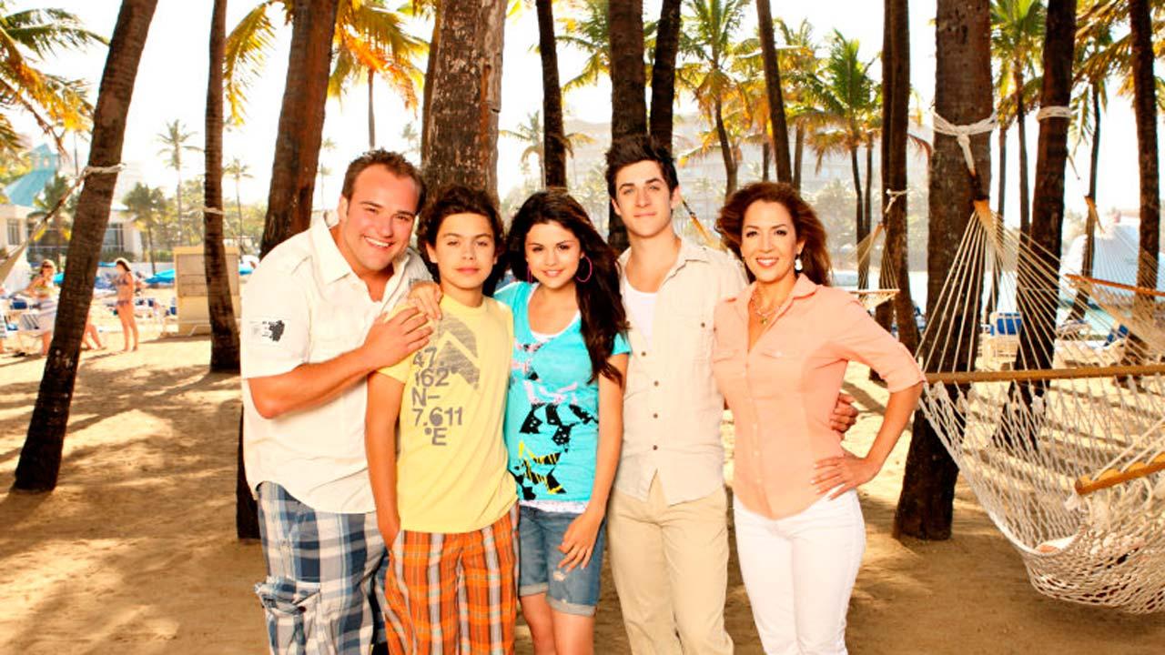 Los magos de Waverly Place. Vacaciones en el Caribe : Foto David Deluise, David Henrie, Jake T. Austin, Maria Canals, Selena Gomez