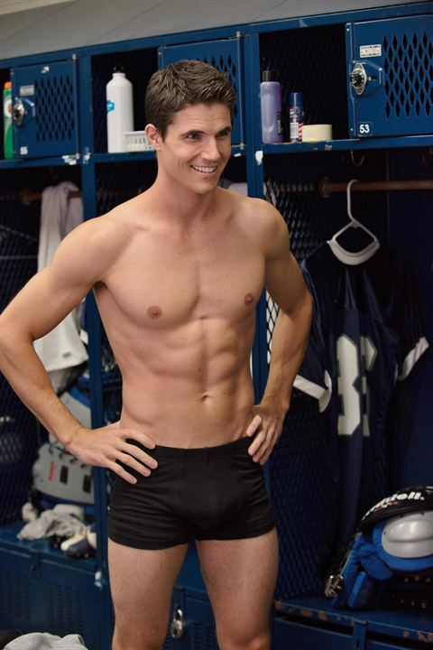 The DUFF : Foto Robbie Amell