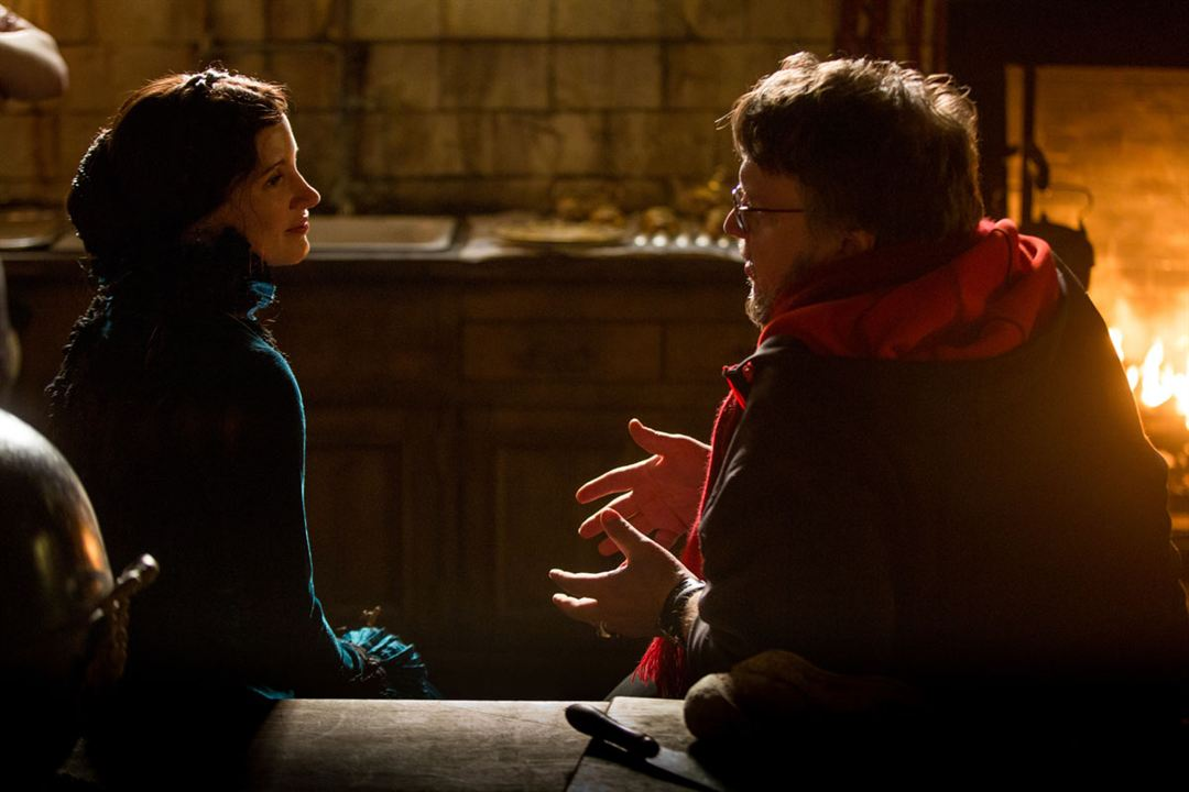La cumbre escarlata : Foto Guillermo del Toro, Jessica Chastain