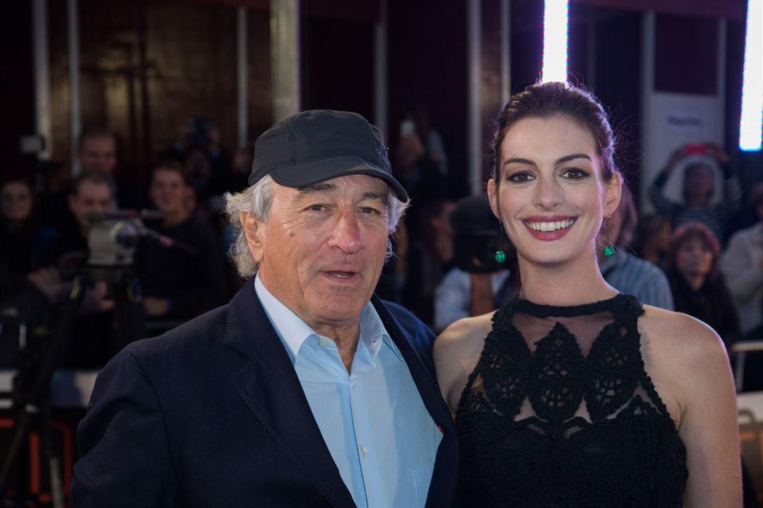 El becario : Couverture magazine Anne Hathaway, Robert De Niro
