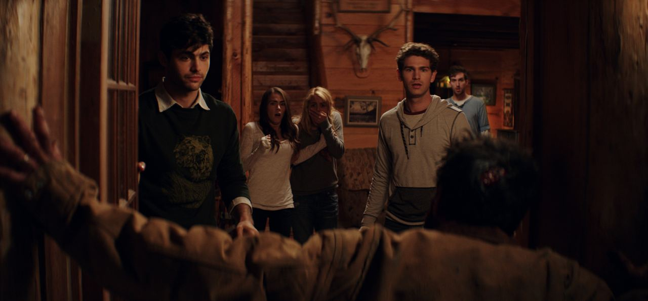 Cabin Fever : Foto Dustin Ingram, Gage Golightly, Matthew Daddario, Nadine Crocker (II), Samuel Davis