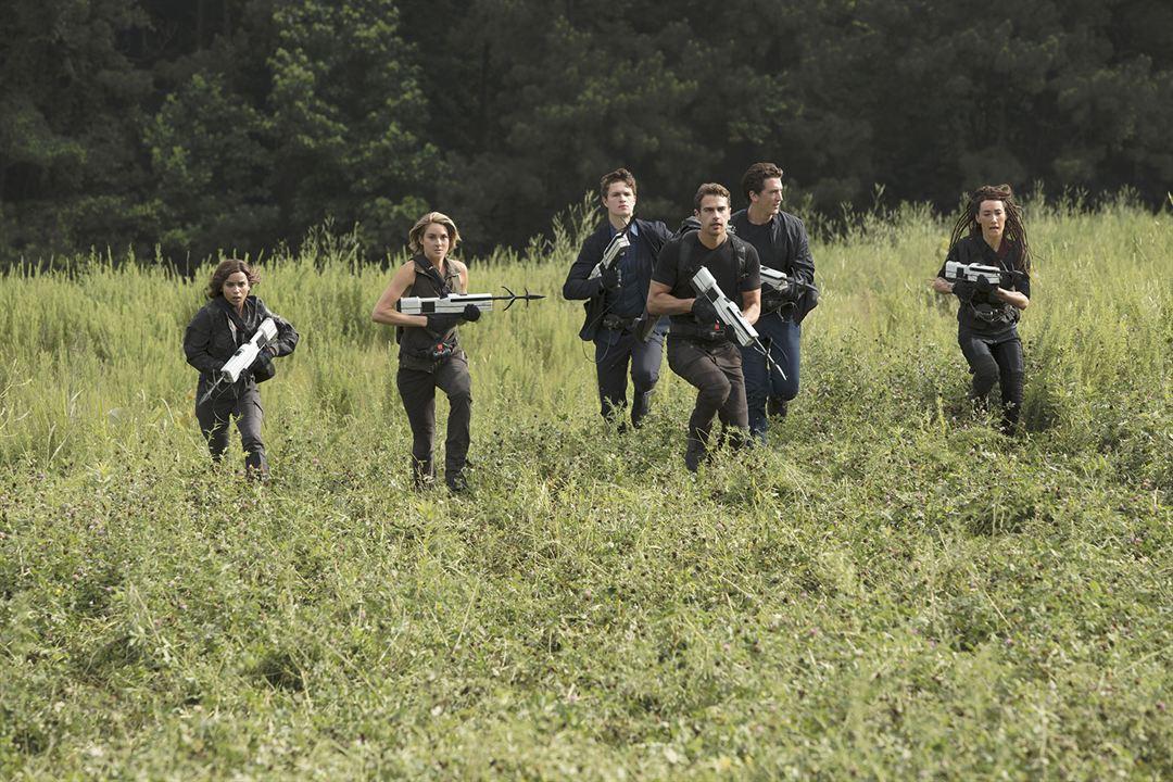 La serie Divergente: Leal : Foto Ansel Elgort, Maggie Q, Miles Teller, Shailene Woodley, Theo James